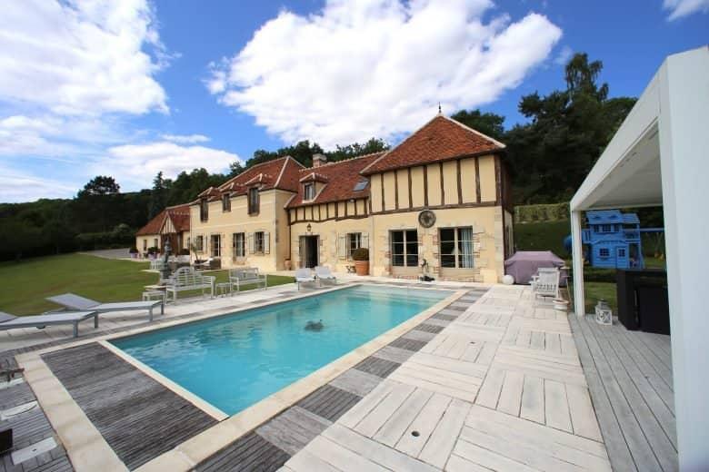 Photos du bien : Proche Montfort-l'Amaury – Très belle propriété avec piscine