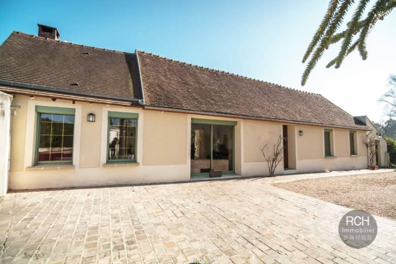 Photos du bien : Bazainville – Charmante maison ancienne en parfait état