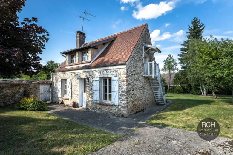 Photos du bien : EXCLUSIVITE – Les Mesnuls / La Millière – Charmante maison ancienne dans environnement privilégié