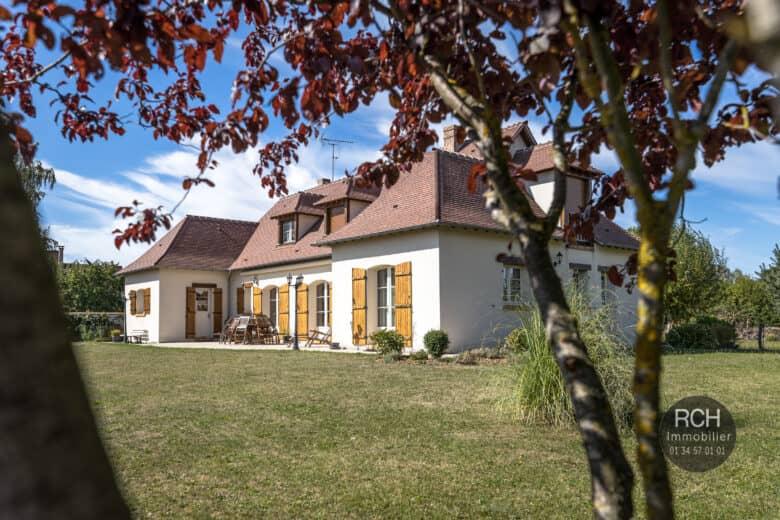 Photos du bien : Boutigny-Prouais – Grande maison contemporaine de 2006