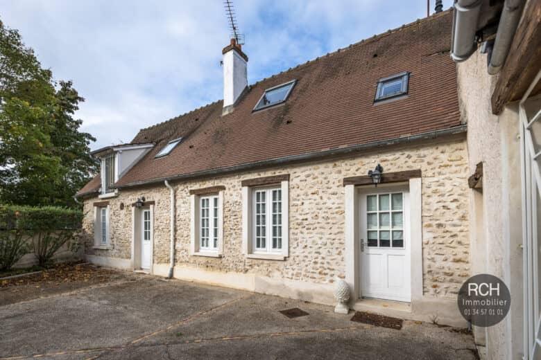 Photos du bien : EXCLUSIVITE – Méré – Jolie maison ancienne restaurée