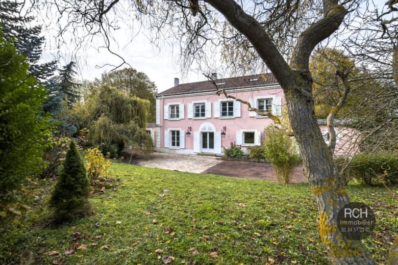 Photos du bien : Bazoches-sur-Guyonne – Belle propriété ancienne
