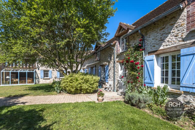 Photos du bien : Bourdonné – Charmante maison ancienne de 300 m2