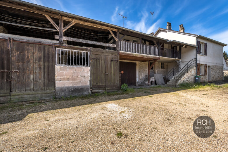 Photos du bien : Saint-Léger-en-Yvelines – Ensemble immobilier