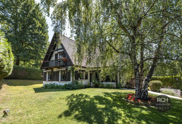 Photos du bien : Les Mesnuls – Charmante maison au calme