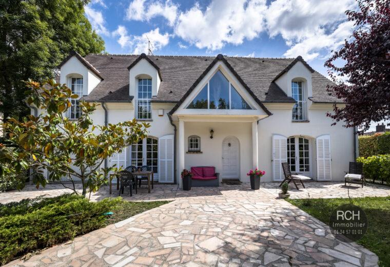Photos du bien : Neauphle-le-Château – Belle maison familiale