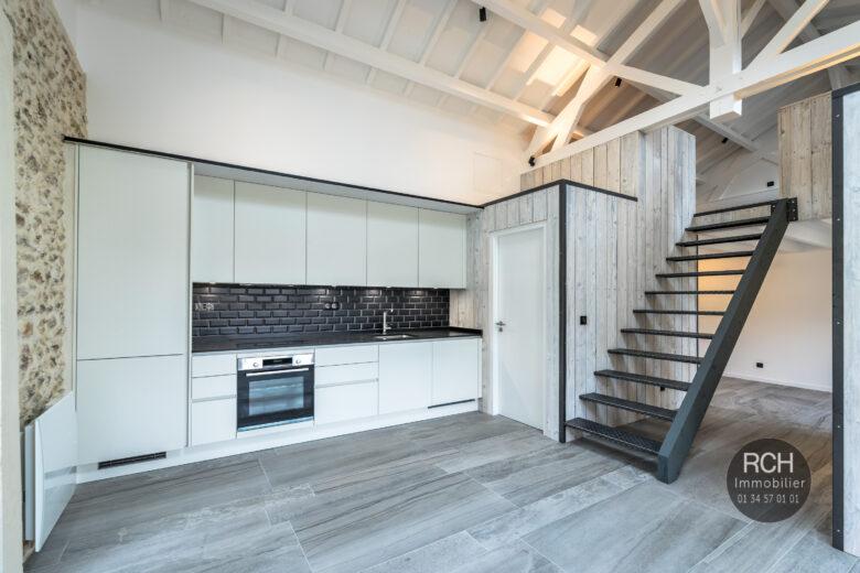 Photos du bien : Exclusivité – Galluis – Magnifique Loft entièrement rénové