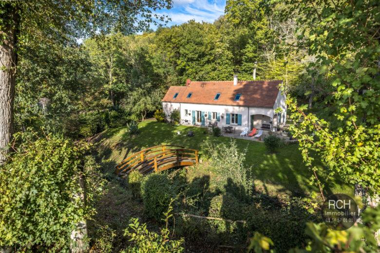 Photos du bien : Grosrouvre – Charmante maison familiale dans un cadre exceptionnel