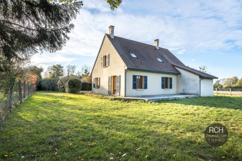 Photos du bien : Exclusivité – Le-Tremblay-Sur-Mauldre – Charmante maison familiale