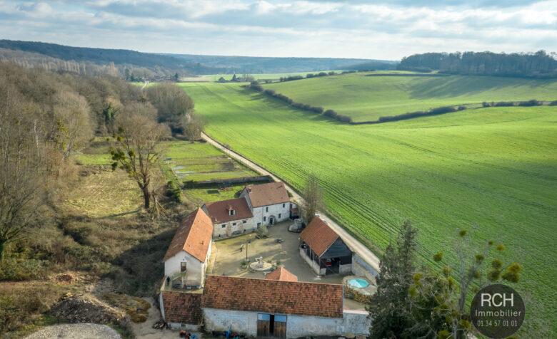 Photos du bien : Levis Saint Nom – Parc de la vallée de chevreuse, propriété entièrement rénovée