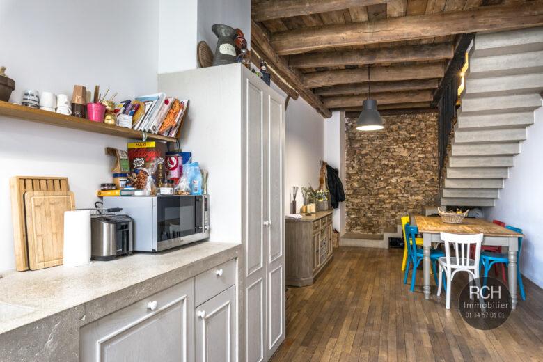 Photos du bien : Galluis – Charmante maison ancienne de ville entièrement rénovée