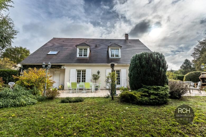 Photos du bien : Saint-Rémy-l'Honoré – Belle maison familiale