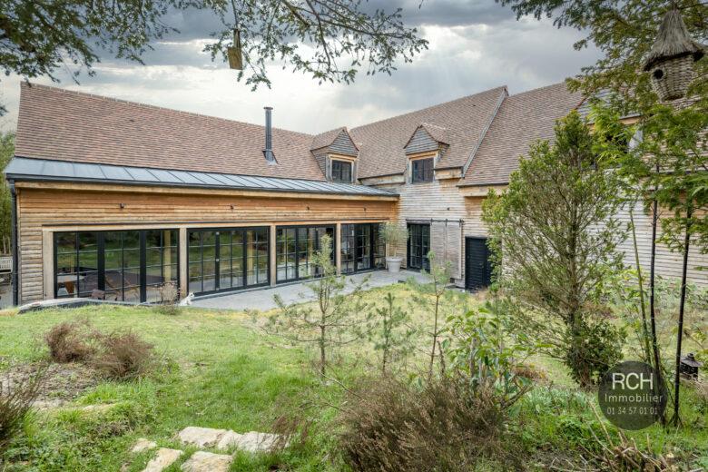 Photos du bien : Exclusivité – Saint-Léger-en-Yvelines – Très belle maison contemporaine de 2016 en bois