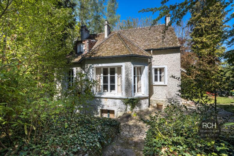 Photos du bien : Méré – Charmante maison ancienne  dans un superbe environnement
