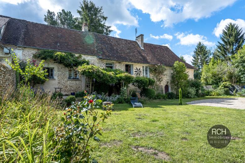 Photos du bien : La Hauteville – Très belle maison ancienne dans un bel environnement