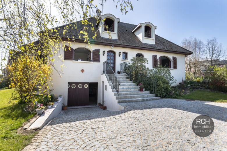 Photos du bien : Méré – Très jolie maison