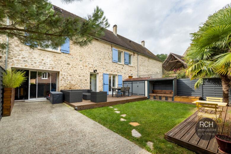 Photos du bien : Jouars-Pontchartrain – Charmante maison familiale rénovée