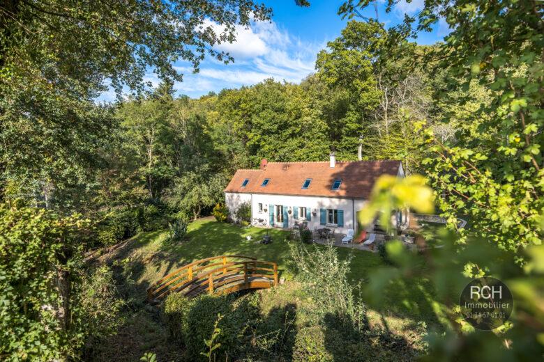 Photos du bien : Grosrouvre – Seul mandataire – Dans un bel environnement jolie maison moderne