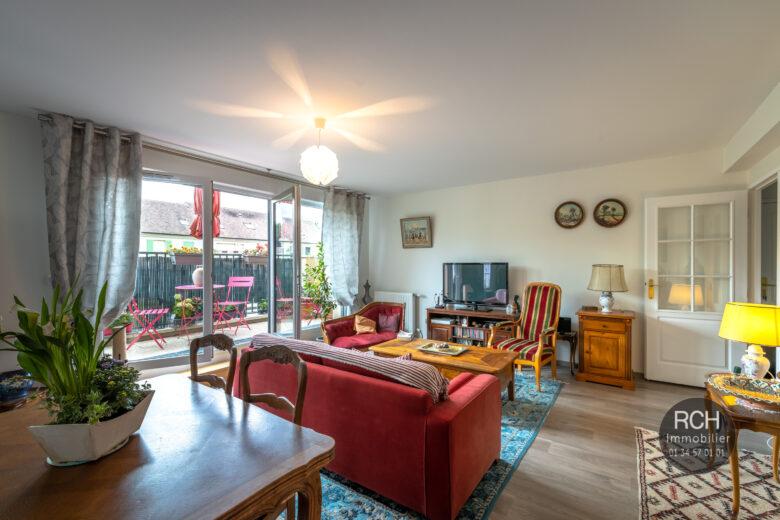 Photos du bien : Montfort-L'Amaury centre – Très bel appartement