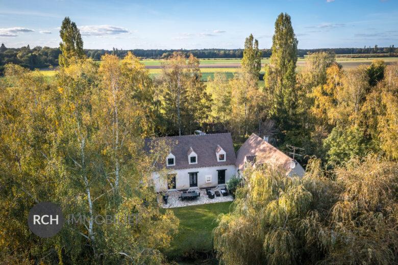 Photos du bien : Grosrouvre – Grande propriété à rafraîchir dans un environnement exceptionnel