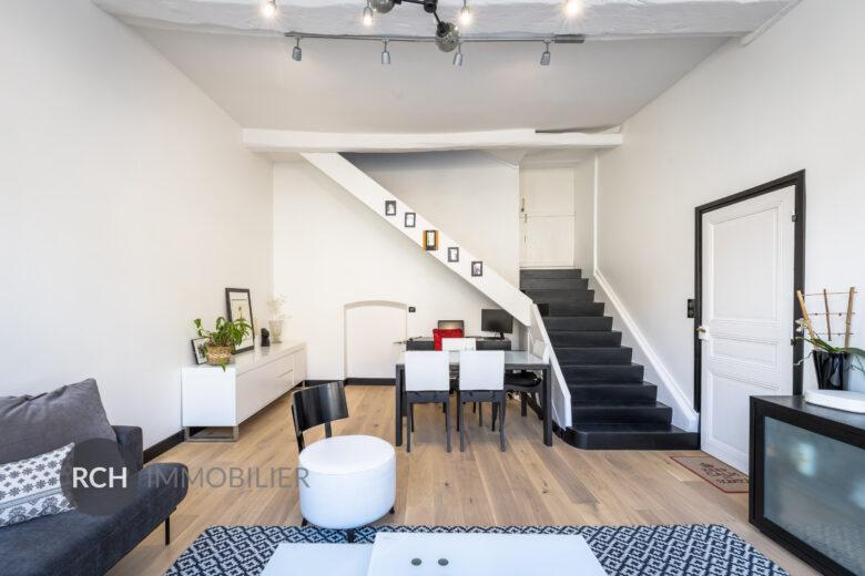 Photos du bien : Jouars-Pontchartrain – Belle maison de ville entièrement rénovée